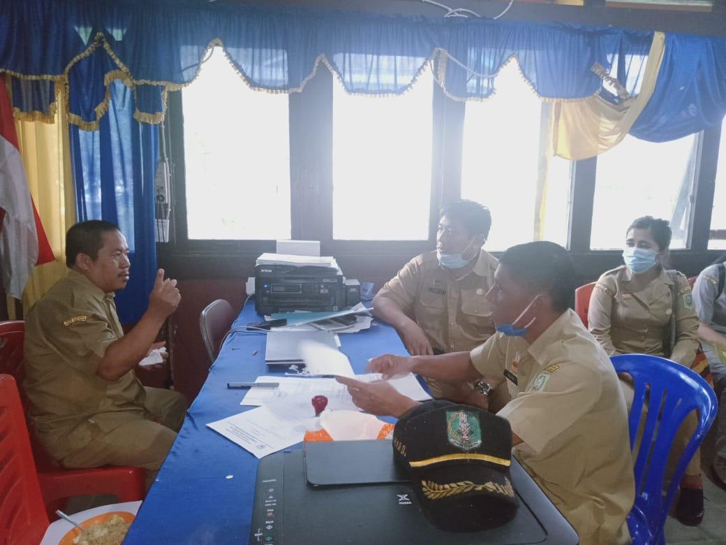 Monitoring dan Evaluasi Bumdes, Posyandu, KPMD dan LAD