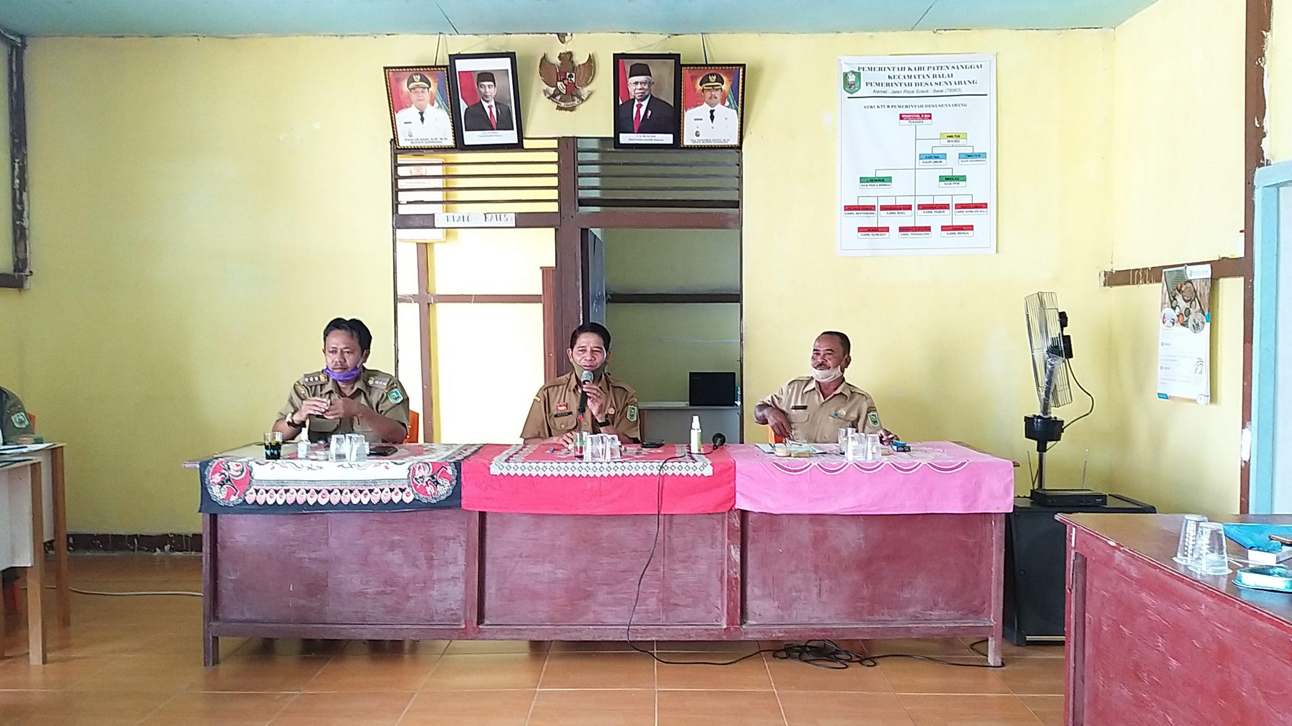 Pembinaan Aparatur Desa dan BPD Plt. Kadis Pemdes, Alian : Jangan sampai Kepala Desa Berperan Sebagai Pengelola Langsung Kegiatan Fisik